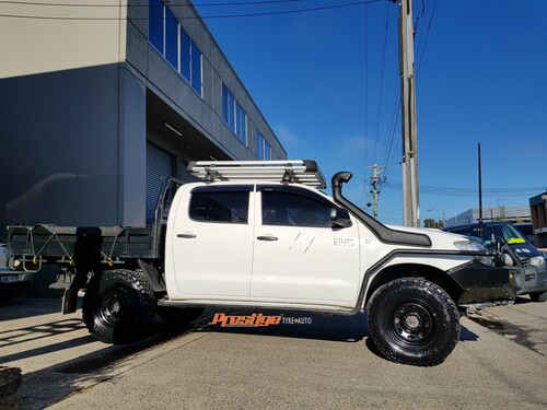 Toyota Hilux fitted up with 16'' King Terra Steel Wheels & 265/75r16 Nitto Trail Grappler Mud Tyres
